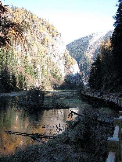 谷湖 Valley Lake